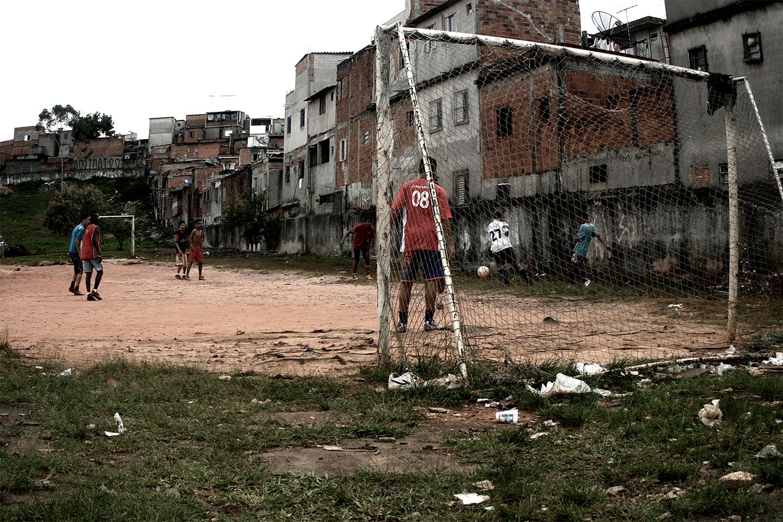 http://omenelick2ato.com/files/gimgs/305_futebol-helipa-1.jpg
