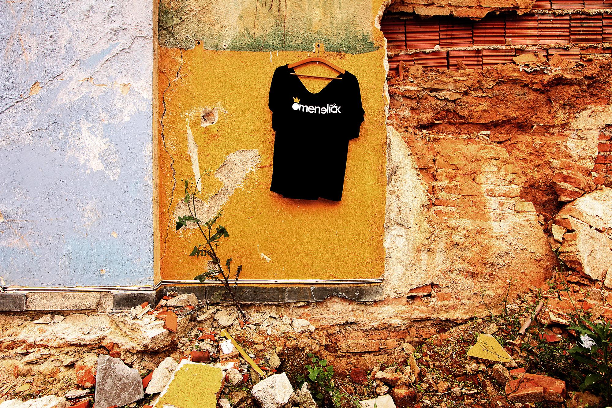 http://omenelick2ato.com/files/gimgs/313_t-shirt.jpg