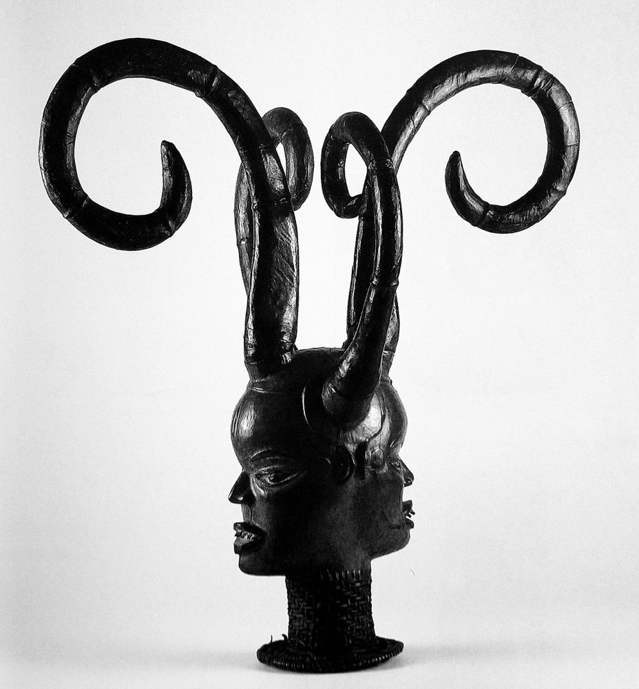 http://omenelick2ato.com/files/gimgs/395_escultura-africana.jpg
