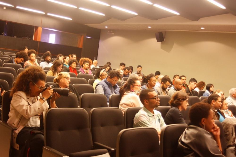 http://omenelick2ato.com/files/gimgs/516_seminario-pinacoteca-9.jpg